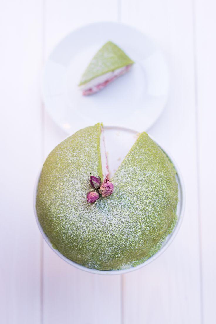 Raw vegan Swedish princess cake