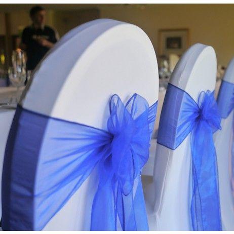 Noeud de chaise mariage en organza bleu roi