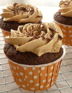 Cupcakes chocolat et caramel au beurre salé by Elo les cupcakes