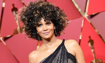 Halle Berry Celebrates Her Natural Hair At The Oscars | The Huffington Post