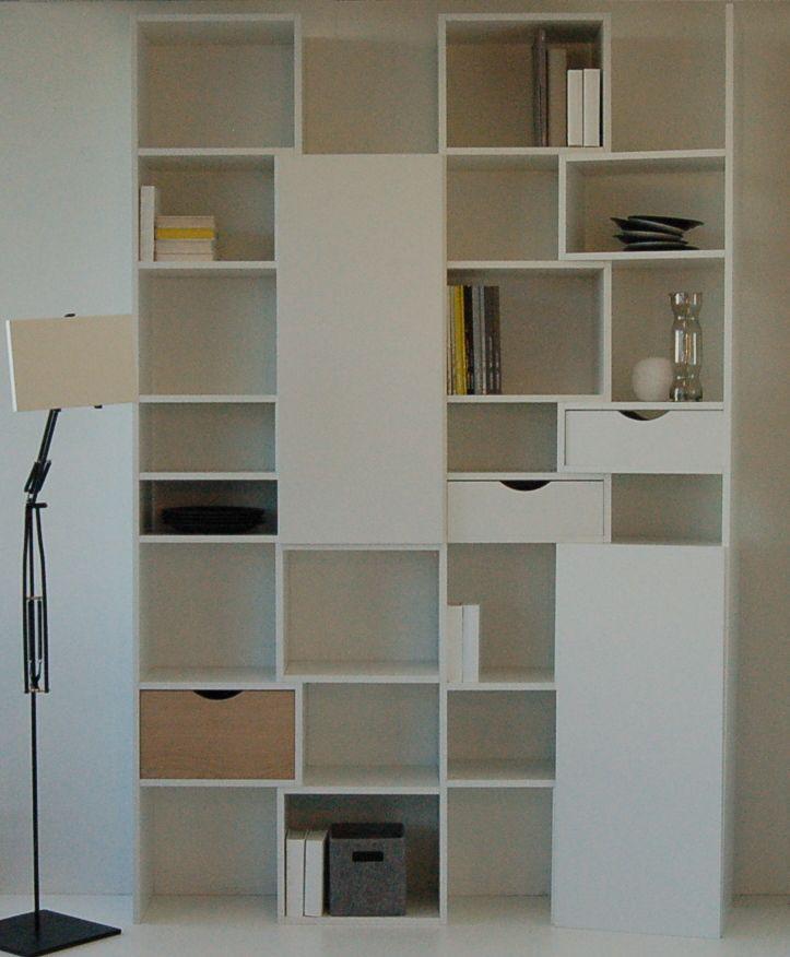 Kast op maat van WOOM design met ipad staander van compatree