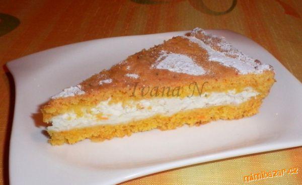 Mrkvový koláč s tvarohem
