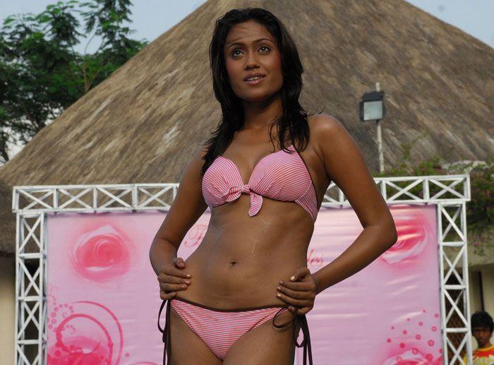 Alia bhatt sweet bolly girl - 1 7