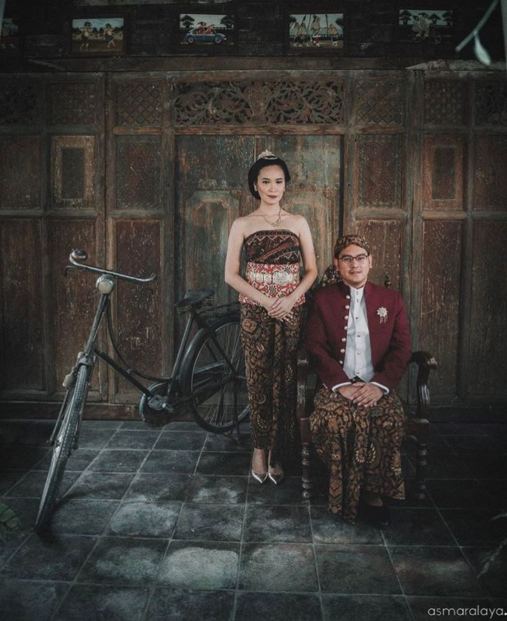 #Traditional #Prewedding #PreweddingPhotography #PreweddingIdeas #Javanese #Indonesia