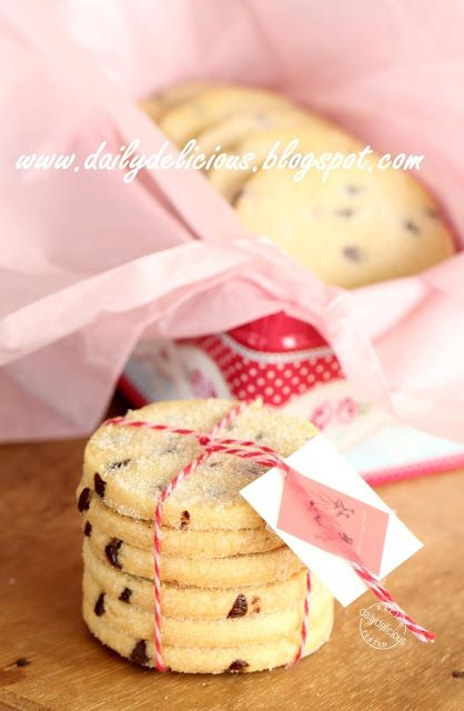 dailydelicious thai: Chocolate chips shortbread: Simply delicious