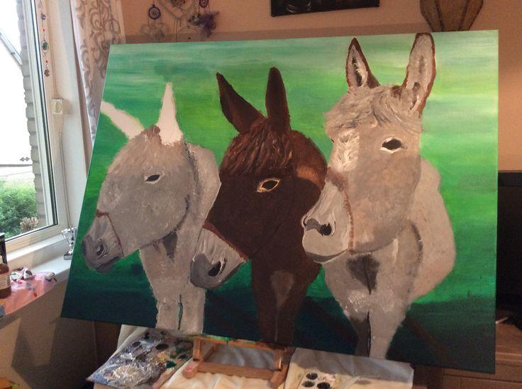 Nieuw work in progress! De gebroeders ezel Iets aan de snuit van de tweede ezel klopt niet...maar hoe maak ik em kloppend? Iemand ideeën??