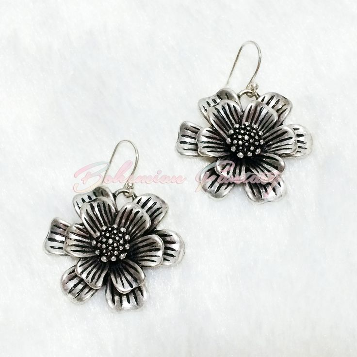 Lucky Brand Antiqued Silver Tone Flower Blossom Drop Earrings #classic #flower #blossom #earrings #vintage #silver #romantic #fashion #jewelry