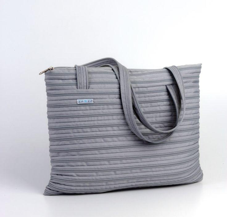 La linea Amira è una borsa elegante adatta per molteplici utilizzi: dalle serate chic alla spesa di tutti i giorni. Giovane, originale, dinamica, colorata, economica