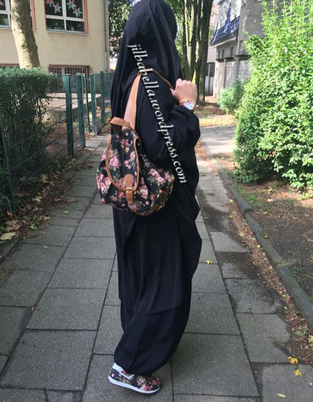OOTD Jilbab and Roses