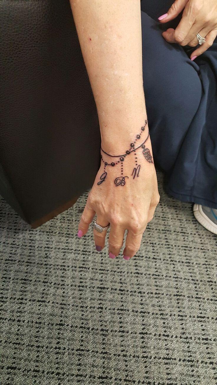 I don't wear bracelets so got this wrist tatoo with all my babiea on it.