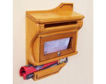 Hecho a mano, artesanal, buzón, buzón de madera, caja, Color pino de Puritan, moderno diseño de la letra