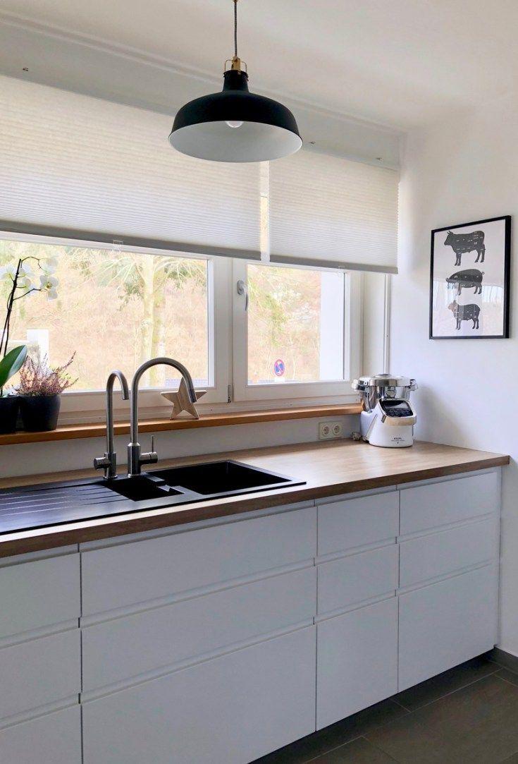 Meine Neue Traumkuche Ikea Kuche Skandinavischer Style Weisse Kuche Weiss Mit Holz Modern Waschbecken Schwarzes Waschbecken Quarz Berthe Nic In 2020 Ikea Kitchen White Kitchen Dream Kitchen