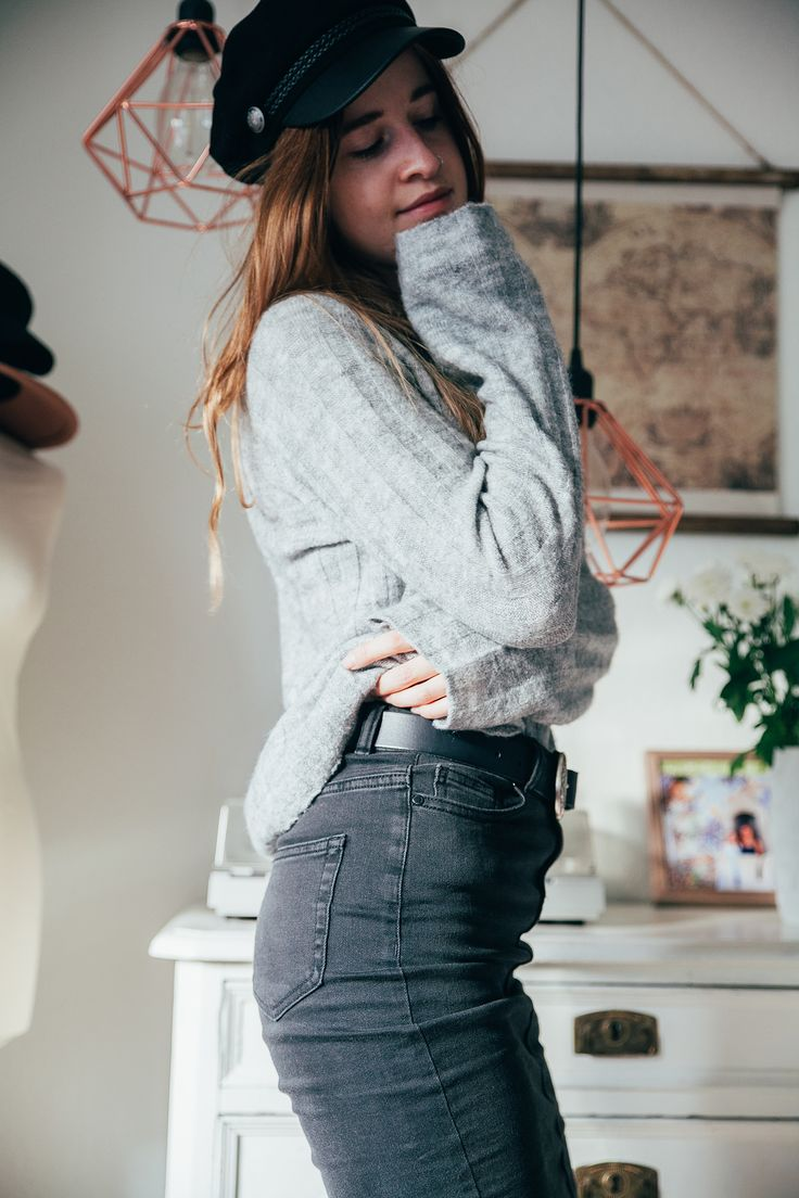 #sweaters #knit #jumpers #fall #autumn #outfit #look #home #interior #denim #skirt