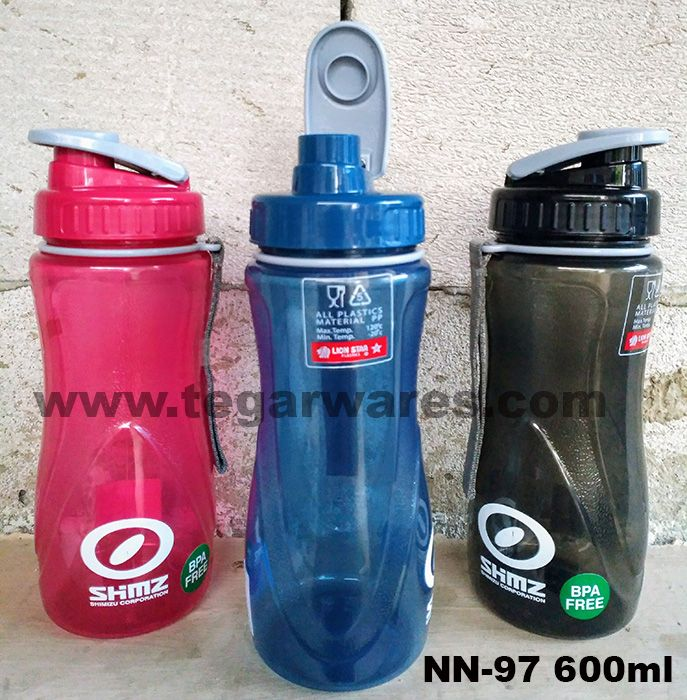 Lion Star Drinking Bottle type NN-97 Capacity 600ml          Ideal to accompany your outdoor activities. Comes with a strap to hang on your wrist. Suitable also as a working device in the field or construction workers. So when you're driving while you're on the thirst the lid design lets you open the bottle cap with just one hand. View image above  NN-97 with branding logo order PT Shimizu Corporation Indonesia, Jakarta Office, Jakarta.