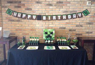 Minecraft birthday dessert table