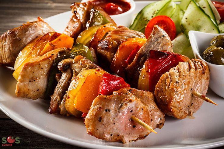 Brochettes de porc et poivron au cari à la lime