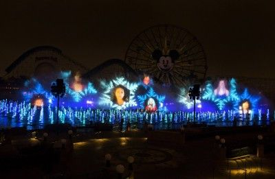Fun Facts about Disneys World of Color and Holiday Winter Dreams | http://www.chipandco.com/fun-facts-disneys-world-color-holiday-winter-dreams-177771/