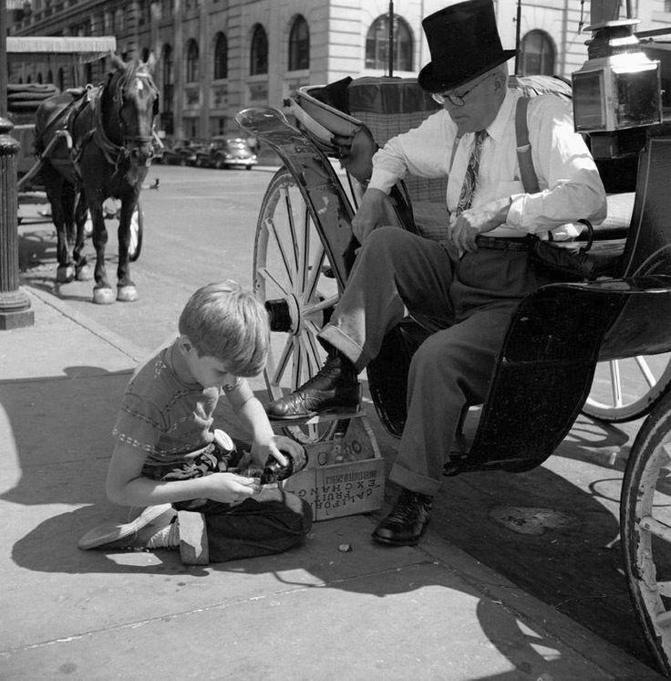 Photo: Vivian Maier 1955