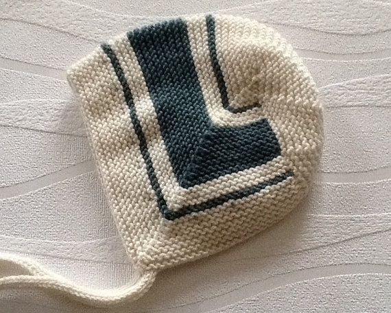 Hand knitted baby bonnet. Vintage style baby hat 3-6 months.Baby bonnet. Baby Hat.Baby Gift. Made to order-Choose your colours.