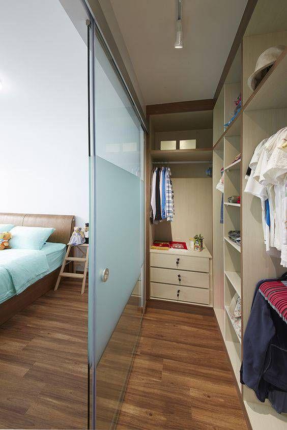 porta de vidro closet e quarto com jateado