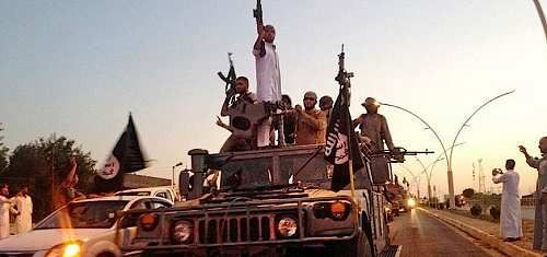 Cronaca: #Raqqa le #famiglie dei terroristi stanno fuggendo a gambe levate dalla città (link: http://ift.tt/2mcULMr )
