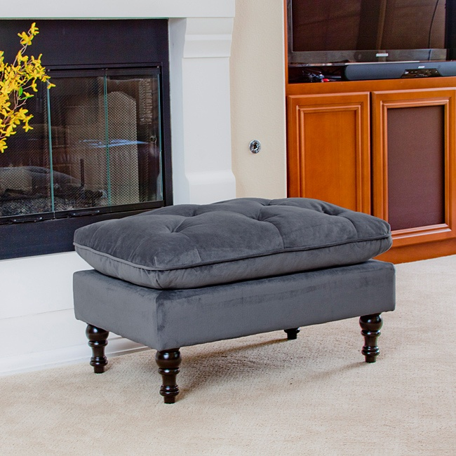 This ottoman looks so comfortable