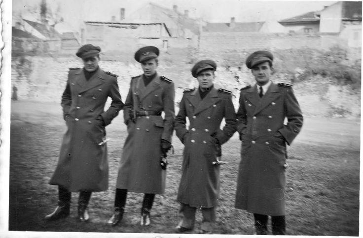 Flt-Lts: Liptak; Pavai; Somlos; Uoluar.