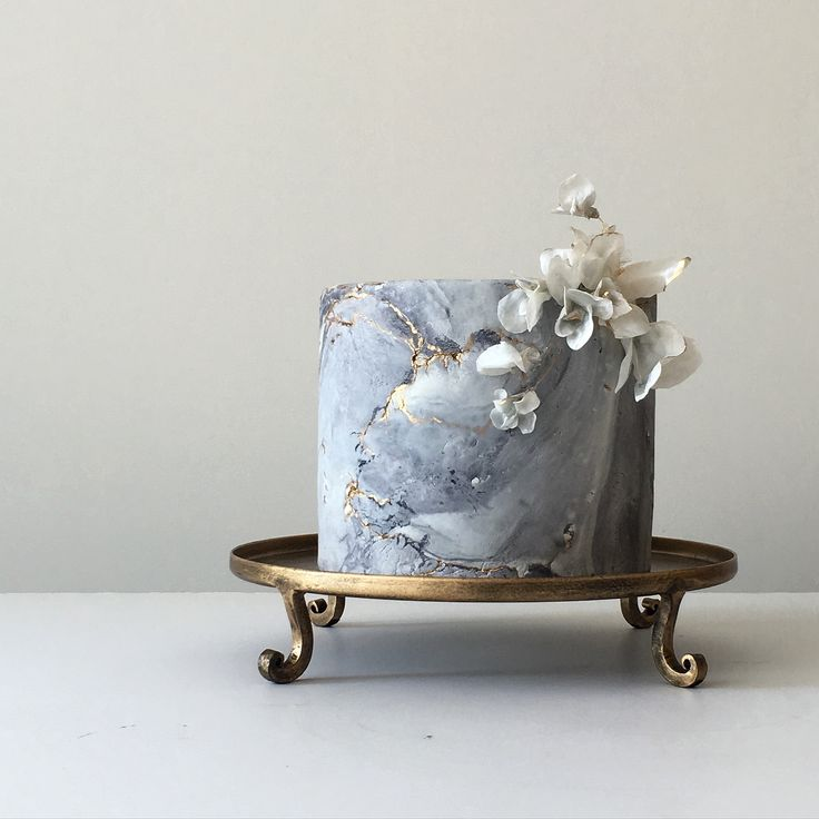 Jasmine Rae Cakes / Marble Wedding Cake / Designer Wedding Cake / View more: http://thelane.com/brands-we-love/jasmine-rae-cakes