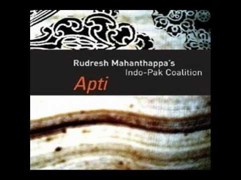"""Genial !!...""""Rudresh Mahanthappa's Indo-Pak Coalition"""" es el trío conformado por el saxofonista indio Rudresh Mahanthappa, el guitarrista paquistaní Rez Abbasi y el percusionista norteamericano Dan Weiss (EN LAS TABLAS). Esta agrupación fusiona las raíces de Asia meridional con la tradición del jazz!!"""