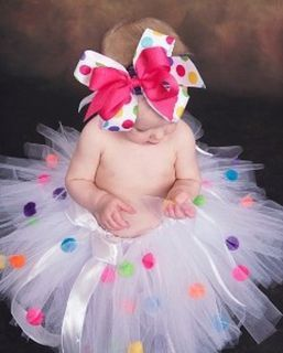 Oh have mercy! ...precious tutu and bow!Polka Dots, Birthday Parties, Tutu, Birthday Pictures, Birthday Outfit, 1St Birthday, First Birthday, Baby Girls, Pom Pom