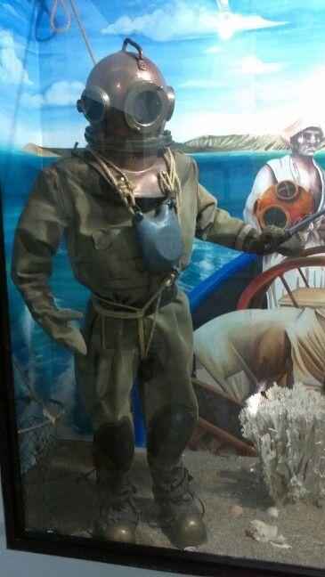 Traje de Buzo. Museo Marítimo.