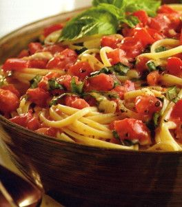 Linguine with Tomato and Basil | A delicious and refreshing summer pasta salad recipe from the Silver Palate Cookbook.