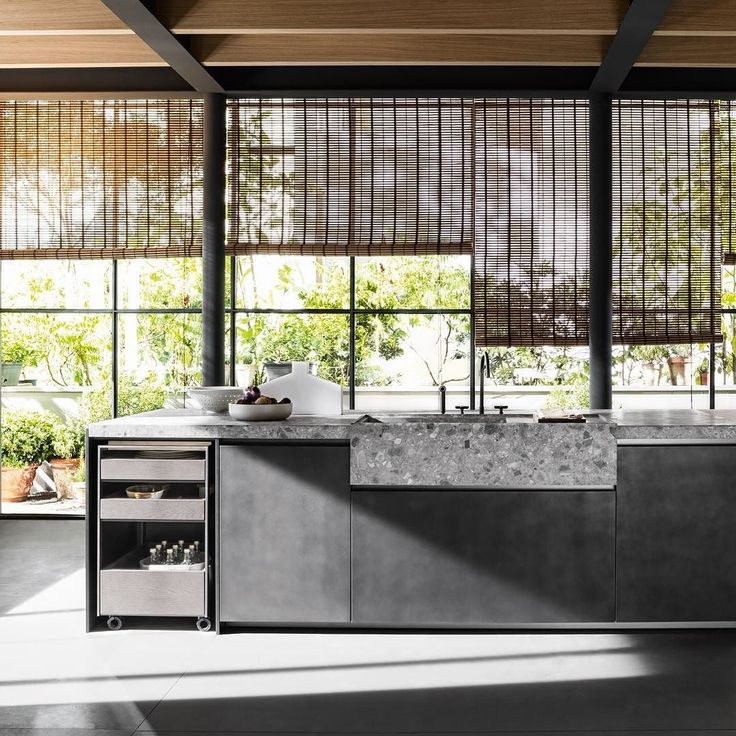 VVD kitchen design @VincentVanDuysen for @moltenidada in the ferrovia steel finish. The designer works on the contrast between the slim side and end units to give rise to a dynamic and at once sophisticated kitchen.  #archiproducts #MolteniGroup #DadaKitchens #moltenidada