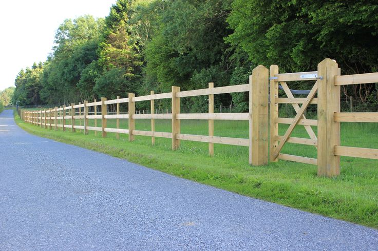 Post and rail fencing | Jacksons Fencing