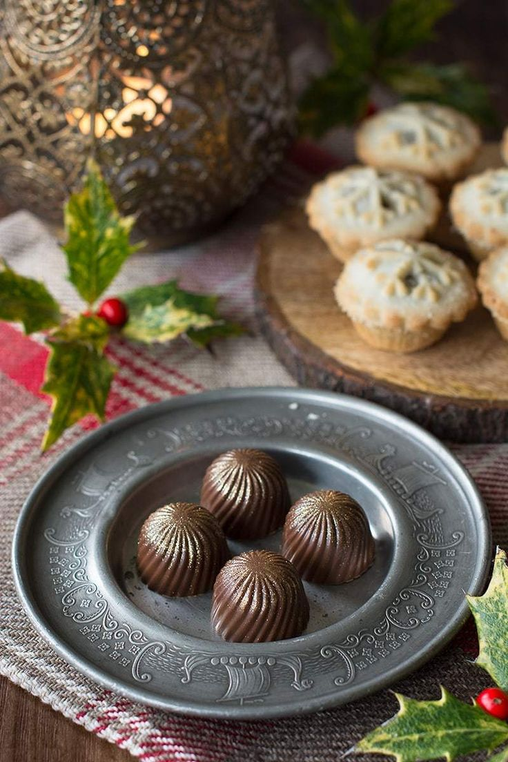Mince Pie Truffles Delicious festive chocolates with a