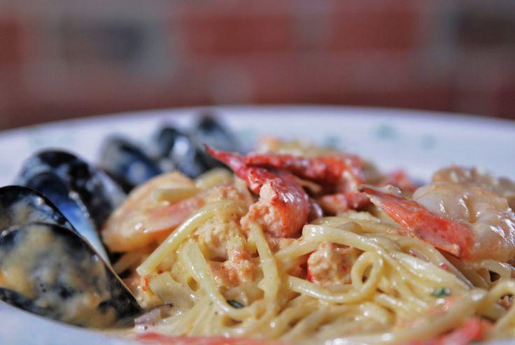 Lobster Seafood Linguine