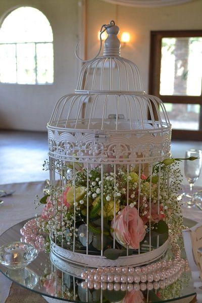 Beautiful table centerpiece - wedding table decor