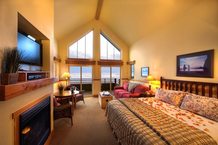 Oregon Coast Lodging | The Ocean Lodge in Cannon Beach, Oregon. Pet friendly.