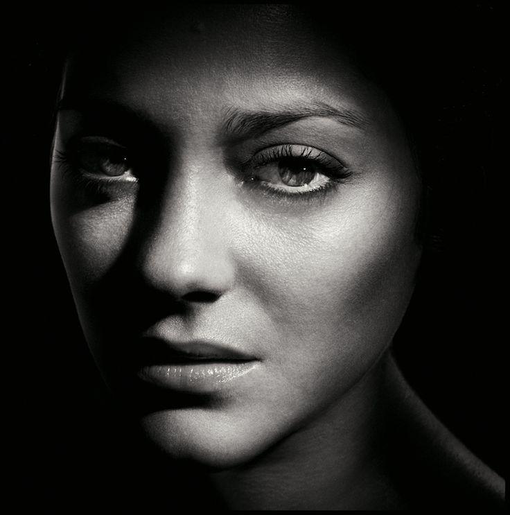 Marion Cotillard. Fotógrafo Alain Duplantier