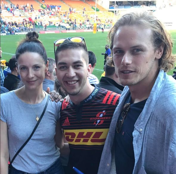 Here is a NEW fan pic of Caitriona Balfe and Sam Heughan Source