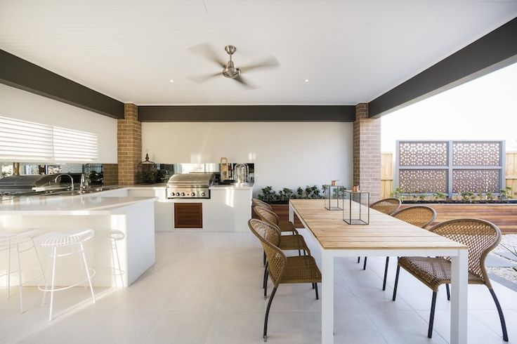 Stylish alfresco living  in the Arlington Prairie by Simonds #Woodlea #Simonds #newhomes #singlestorey #firsthomebuyer #alfresco #outdoors #outdoorliving