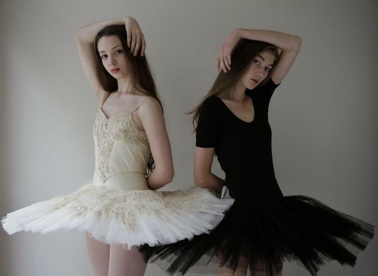 Brooke Cambie & Zara Nagle (both Clyne) by Isabella Clark