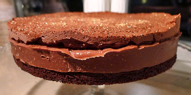 Konfektkage med chokolade og karamel