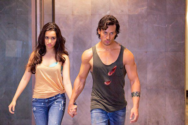 Two rebels on the go, new pic from the movie Baaghi. http://www.bollywoodnentertainment.com/2016/03/two-rebels-on-go-new-pic-from-movie.html