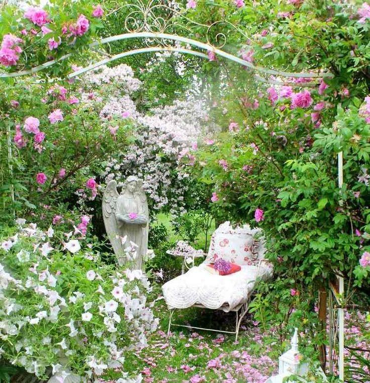 17 meilleures id es propos de jardin romantique sur pinterest salon de jardin lumi res de. Black Bedroom Furniture Sets. Home Design Ideas