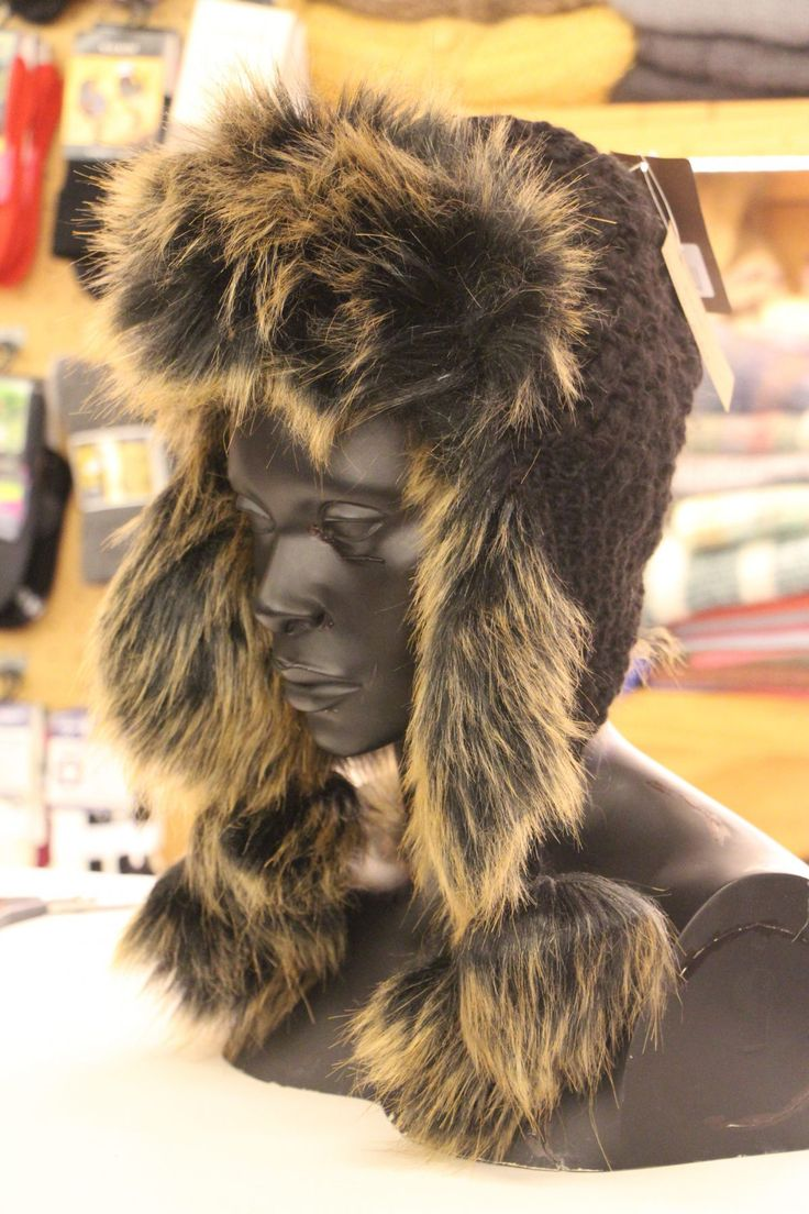 Wouldn't you love to own one of these super soft fur hats? We have a wide variety available in-store and online :) http://bit.ly/2lzNiMx