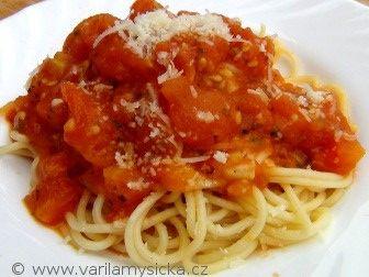 Čím méně komplikovaný recept, tím lepší. Tyto skvělé špagety jsou rychlé, chutné a když budete mít po ruce zralá čerstvá rajčata, výsledek vás nemůže zklamat.