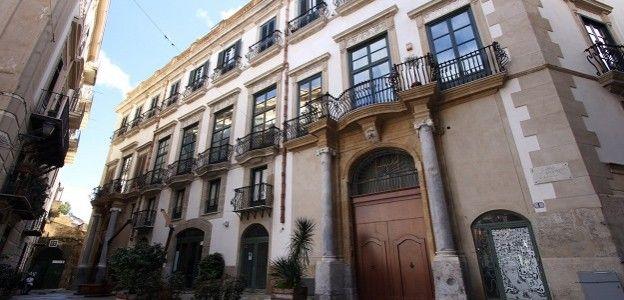 Palazzo Pantelleria FOTO| Cuore spagnolo della città