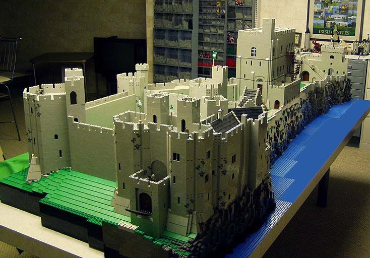 Bob Carney is like a Lego demi-god. His lego castles (100 ...