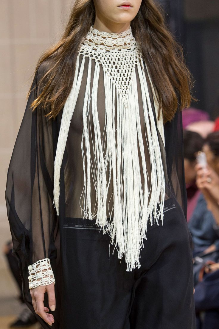 Veronique Branquinho at Paris Fashion Week Spring 2016 - (Details)